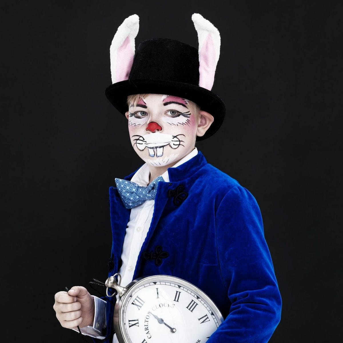 En kanin på maskerad
