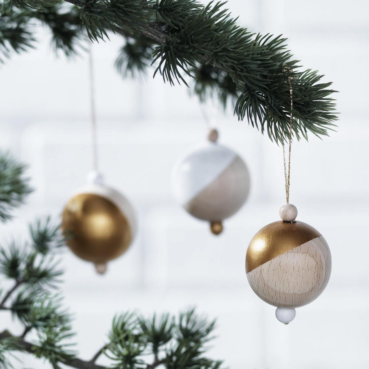 Trendiga träkulor till jul