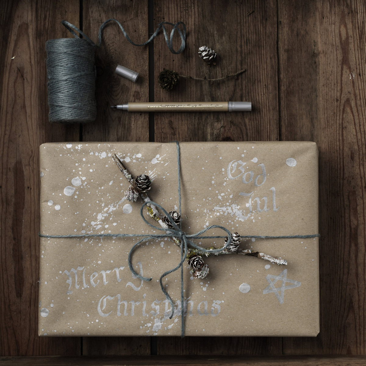 Decorate your Christmas paper
