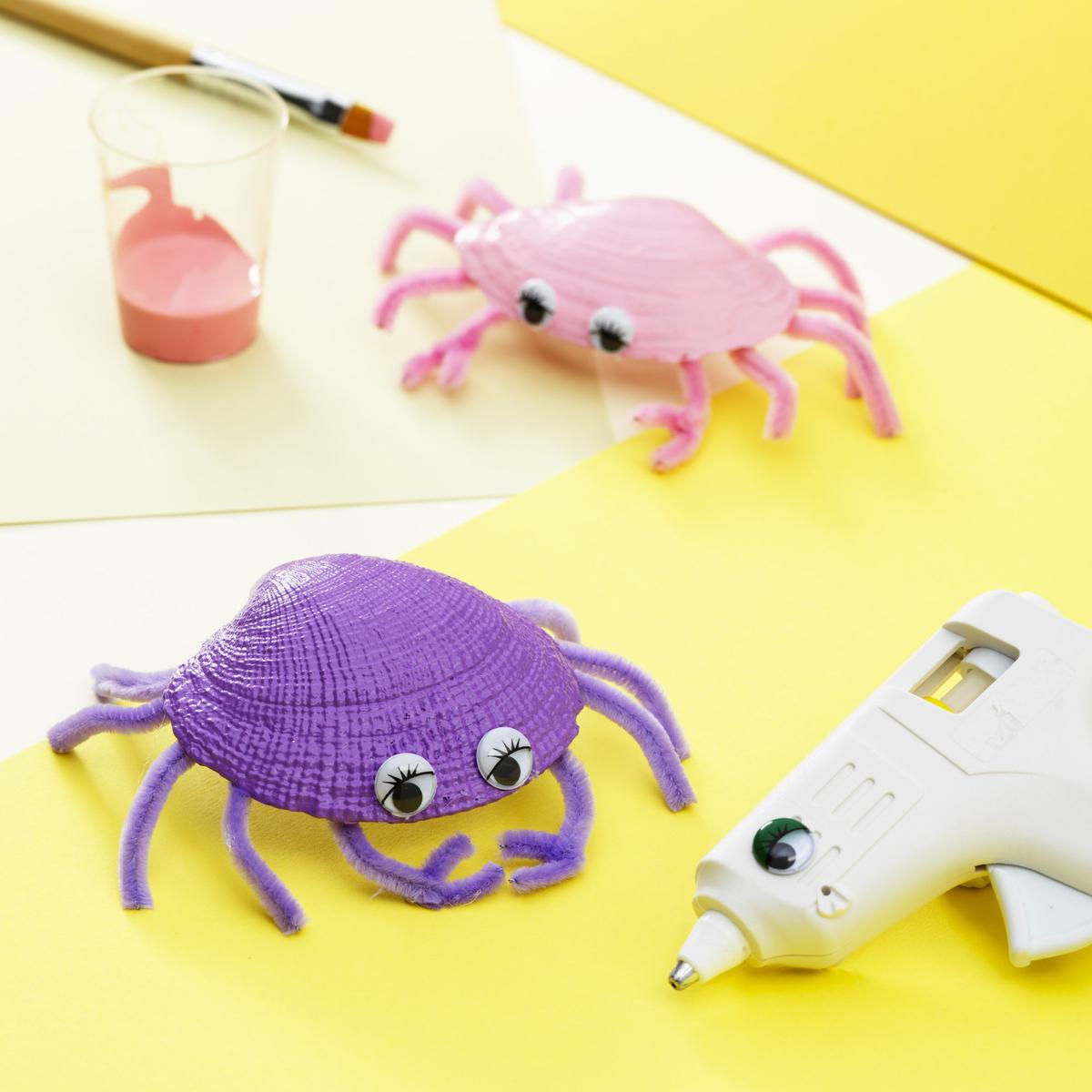 Lag en krabbe av skjell